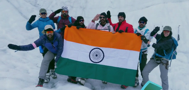 Nine Celebrities Trek To The Siachen To Honor The Indian Army�s Bravery