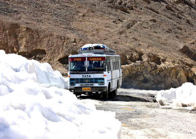 HRTC Resumes Bus Service From Delhi To Leh After Six Months