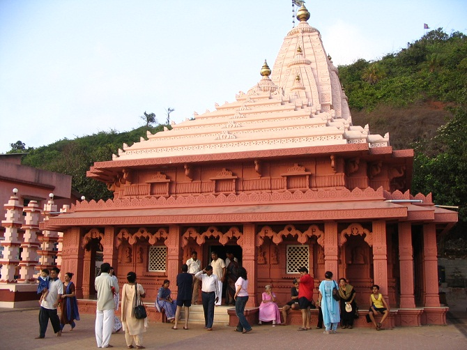 Ganpati_Temple,_Ganpatipule