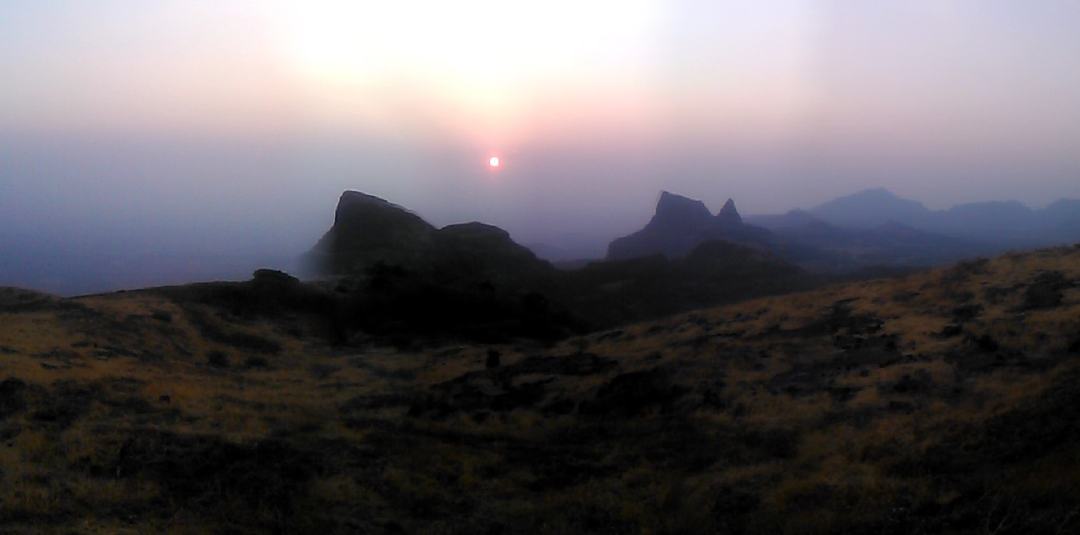 harishchandragad trek in monsoon