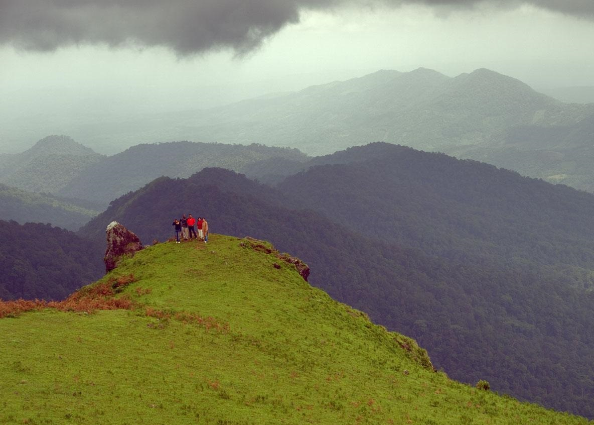 places to see in coorg nishani motte