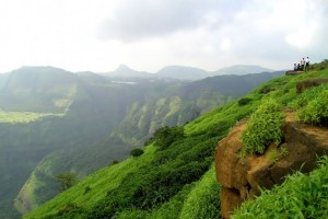 15 Best Adventure Outing  Places Near Mumbai