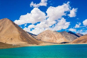 5 Reasons To Slow Down Time And Spend Overnight At Pangong Tso Lake Instead Of Returning On The Same Day!