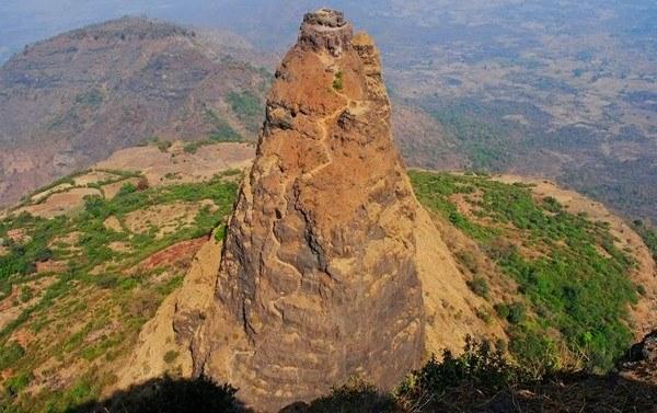 Kalavantin Pinnacle Trek