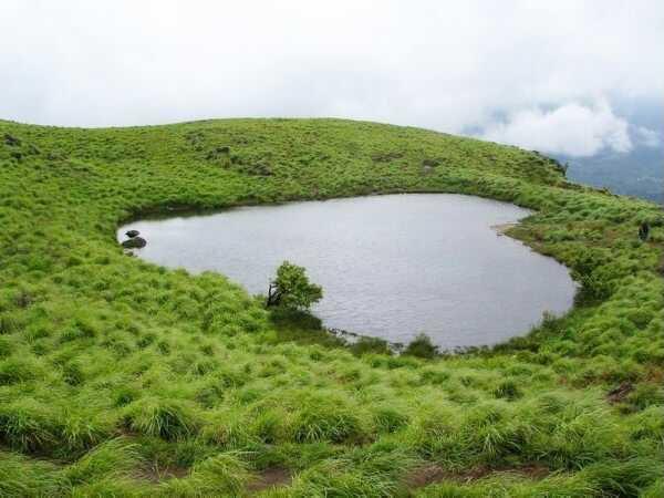 Lolve_Lake_Chembra_peak_Meppadi