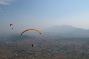 This is How ItzCash's Bhavik Vasa Proposed to His Wife While Paragliding