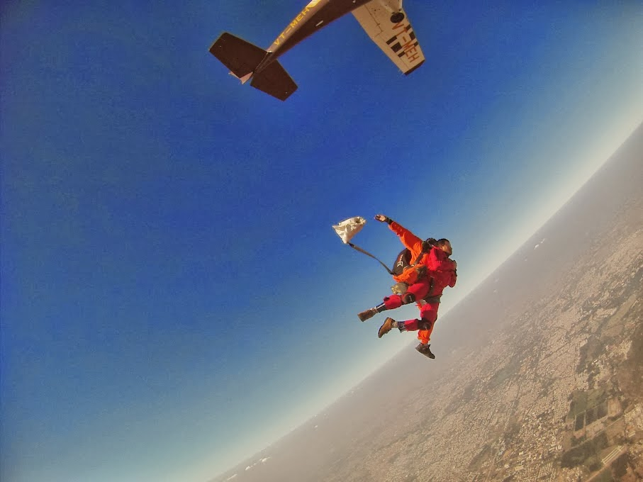 skydiving in india-tandem jump (1)