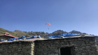 Paragliding in Bir Billing Camp