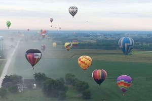 Last Lap – A NASCAR Themed Hot Air Balloon That Pays Tribute To Legendary Drivers