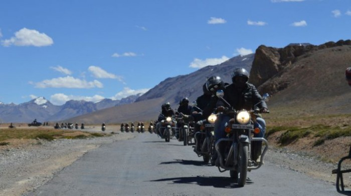 Solo-biking-expedition-to-Leh-Ladakh-a-dream-of-every-biker-715x400