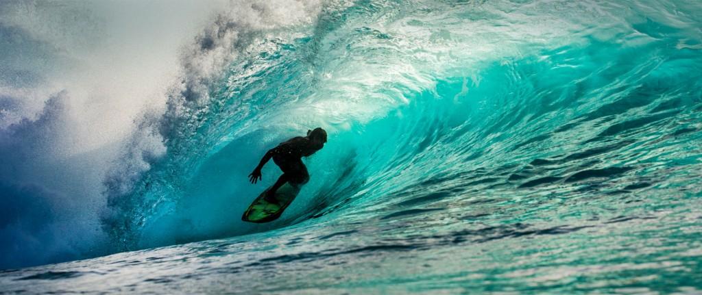 maverick-surfer