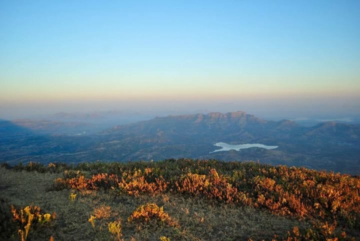 kalsubai-Peak-Trek-Summit-View-Mumbai-Travellers-720x482