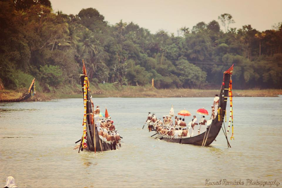 kerala-boat-race-at-aranmula-with-mumbai-travellers