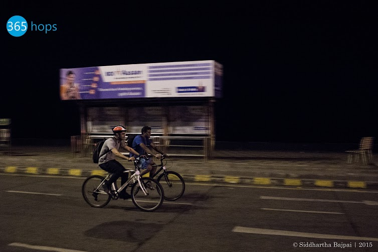 Midnight-Cycling-at-Mumbai