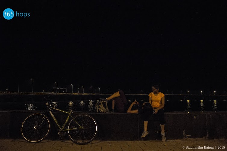 Midnight-Cycling-Trips-in-Mumbai