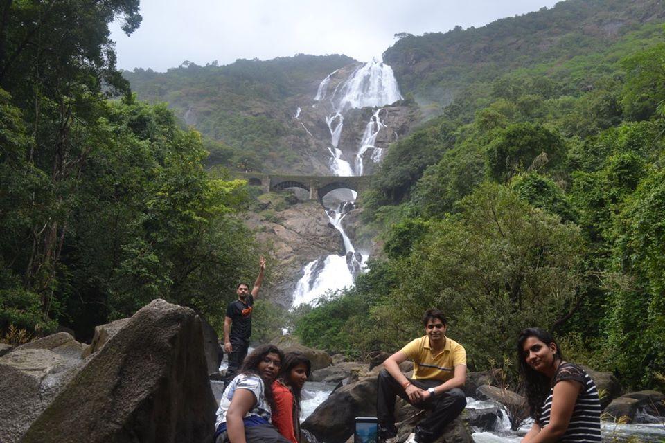 dudhsagar waterfalls trekking