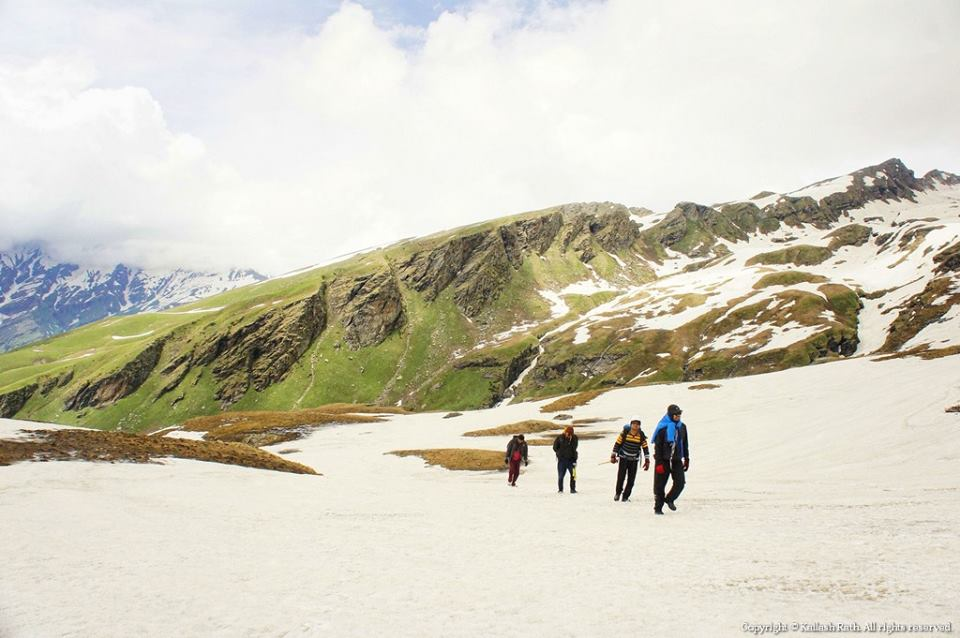 bhrigu lake trek cost