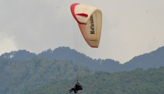 learn paragliding in india 1