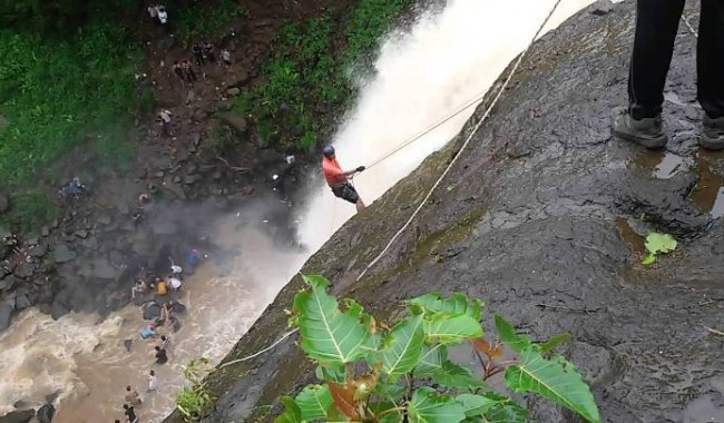 Rappelling at Vihi waterfall