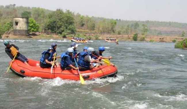 Kolad Rafting