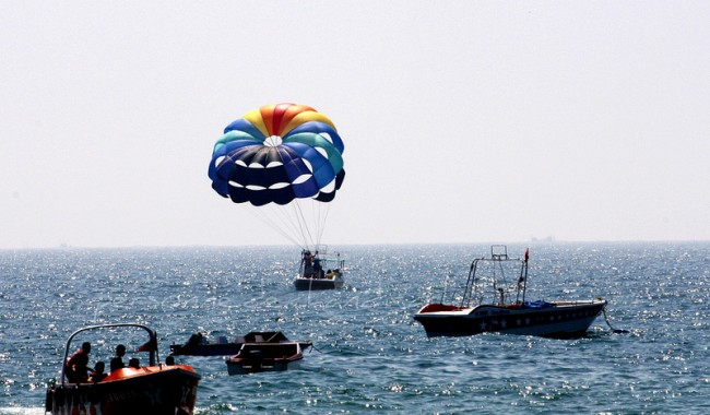 Parasailing in Anjuna Beach