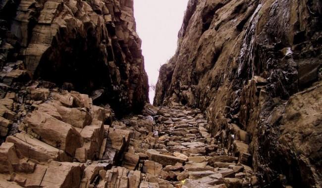 Night Trek to Naneghat Caves