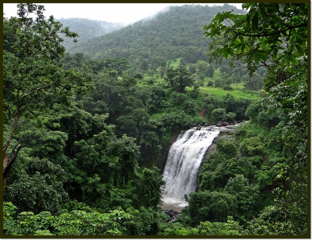 Outdoor cycling tour kasara to vihi waterfall for Waterfall cycle